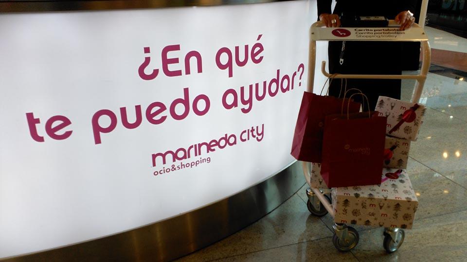 El shopping trolley es uno de los nuevos servicios que ha puesto en marcha Marineda City esta Navidad